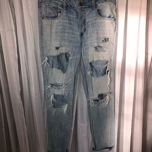 Ripped Tomgirl jeans